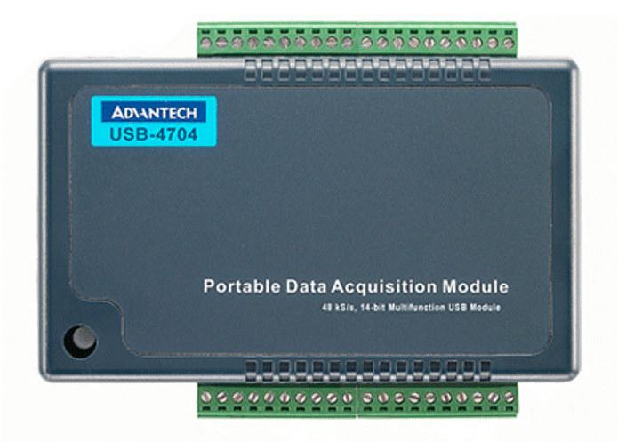 Wielofunkcyjna karta akwizycji danych USB-4704 firmy Advantech